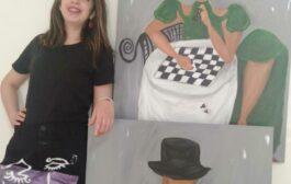 الفنانة التشكيلية سارة الزاكي .. علاقتي باللوحة علاقة عشق كبير