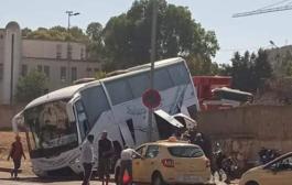 سقوط حافلة نقل المسافرين من على سور محطة سلا   (السهب القائد )